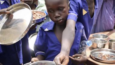 النزاعات تحرم ملايين الأطفال من التغذية الجيدة