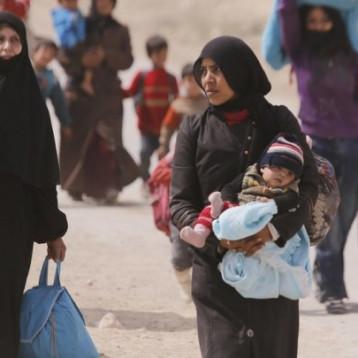 توقعات بنزوح 250 ألف لاجئ من شمال شرق سوريا إلى إقليم كردستان