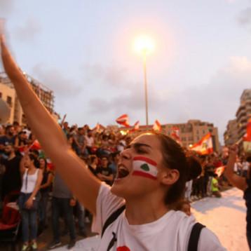 مراقبون يعدون خطة الحريري للانقاذ تخديرية واللبنانيون يستعدون ليوم مفصلي في الشارع