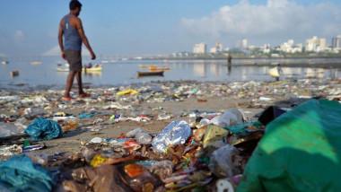 نصف نفايات الكوكب البلاستيكية بتوقيع حفنة شركات عالمية