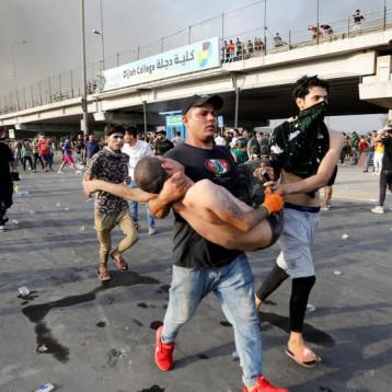 أمس.. خمسة شهداء جراء استعمال القوات الأمنية الرصاص الحي ضد المتظاهرين
