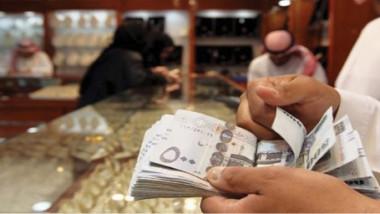 المستثمرون السعوديون ينقلون  أموالهم إلى خارج المملكة