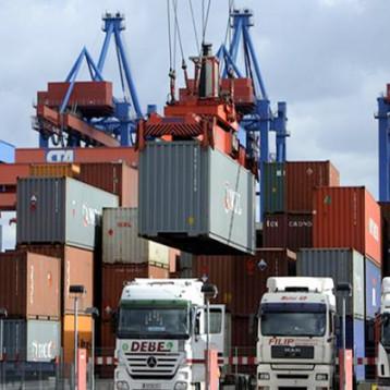 تراجع عجز الميزان التجاري لمصر 25.8 %