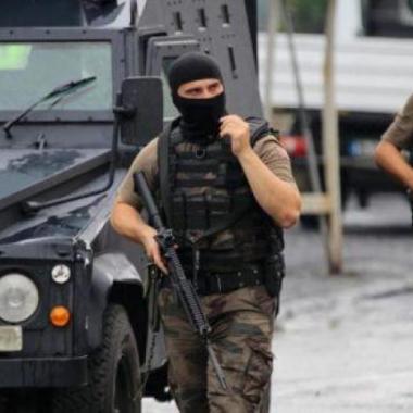 تركيا تأمر باعتقال 133 من أفراد الجيش للاشتباه بصلتهم بغولن