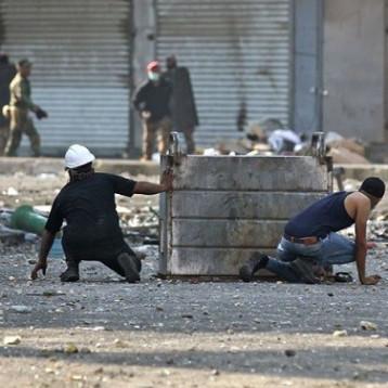 حقوق الانسان النيابية: رئيس الوزراء ووزيري الداخلية والدفاع سيحالون للمحاكم بسبب قمع المتظاهرين