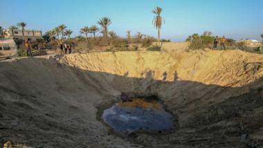 سلسلة غارات إسرائيلية على غزة ردّاً على إطلاق صواريخ استهدفت أراضيها ومقتل فلسطيني