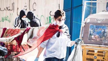 نجمة السلة تشارك في حملات التنظيف بتظاهرات التحرير