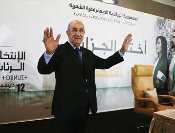 """الرئيس الجزائري المنتخب يبدأ """"مشاورات"""" من أجل دستور جديد"""