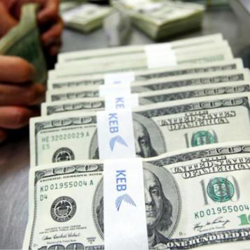 العراق يفتح ملفاً قديماً لإسترداد 87 مليار دولار بذمة 55 دولة