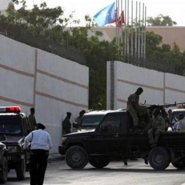 خمسة قتلى في هجوم على فندق في مقديشو