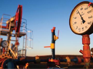 قفزة كبيرة في أسعار النفط بعد نجاح زيادة خفض الإنتاج في أوبك+