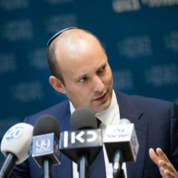 """وزير الدفاع الاسرائيلي يهدد طهران : سنحول سوريا إلى """"فيتنام ايران """""""