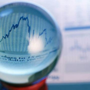 هل بلغ الاقتصاد العالمي ذروة النمو؟