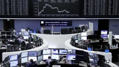 تراجع مؤشرات الأسهم الأوروبية
