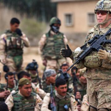 عضو بالأمن البرلمانية يستبعد بناء قواعد عسكرية أميركية سرية في البلاد