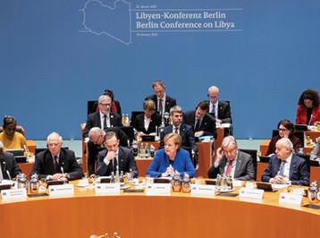 لجنة دولية لمراقبة وقف إطلاق النار في ليبيا وحظر توريد الأسلحة اليها