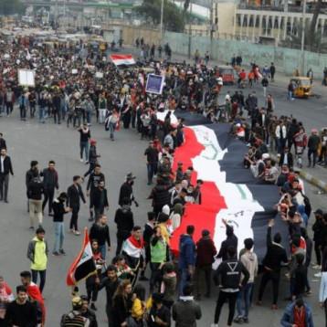 متظاهرو التحرير يستعيدون السيطرة على ساحتيّ الخلاني والوثبة وسط بغداد