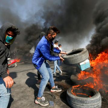 مجلس الأمن الوطني يخول القوات الامنية اعتقال من يقطع الطرق