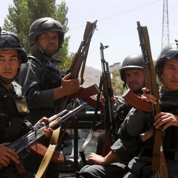 أفغانستان.. اشتباكات بين «طالبان» والقوات الحكومية في أول أيام الهدنة