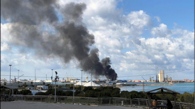 حكومة طرابلس تعلق المحادثات مع قوات شرق ليبيا