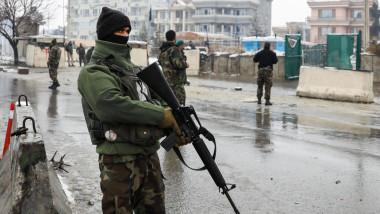 خمسة قتلى في هجوم انتحاري استهدف كلية حربية أفغانية