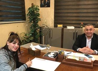 مصرف الاتحاد العراقي يتكفل  برعاية العداءة دانة حسين