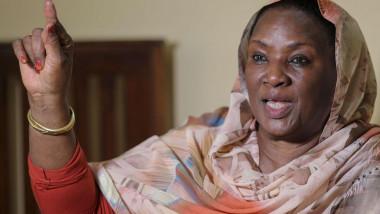 السودانيات يطلقن زغرودة احتجاج بعد عام على الثورة