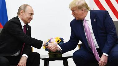 بوتين وترامب يبحثان هاتفيا التعاون في ملفي كورونا والنفط