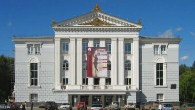 عروض مسرحية روسية لمشاهد واحد
