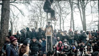 مزاج اليونانيين تجاه المهاجرين في سنة 2015 يبدله استغلال تركيا لأزمتهم