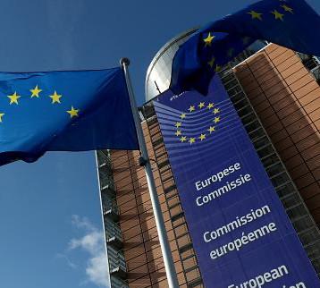 الاتحاد الأوروبي: نظام لخفض ساعات العمل تفادياً للاستغناء عن عاملين
