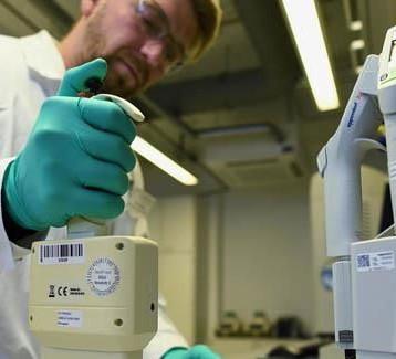 شركة للتقنية الحيوية تبدأ الاختبارات السريرية للقاح جديد اثر موافقة السلطات الاميركية