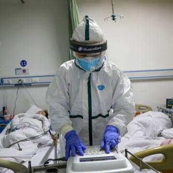 الصحة العالمية تحذر: طفرة جديدة لكورونا في بعض البلدان ولا ينبغي التراخي معه