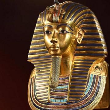 زيارة لمواقع مصر الأثرية من المنزل