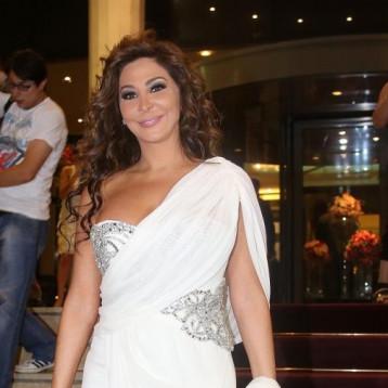 فنانون لبنانيون يصفقون لجهود الطواقم الطبية.. ومروان خوري يهديهم أغنية