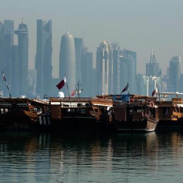 قطر تبيع سندات بعشرة مليارات دولار