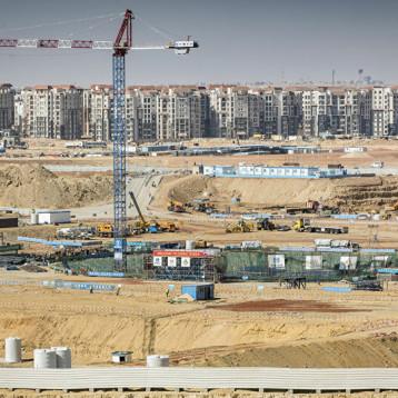 مصر تؤجل مشروعات اقتصادية كبرى بسبب كورونا