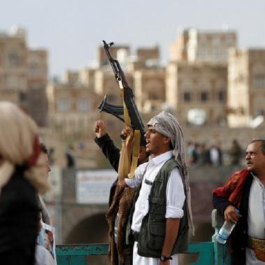 نجل عبد الله صالح يدعو الحوثيين لإطلاق سراح جميع الأسرى: كورونا لا يستثني أحدا