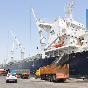 عمليات استقبال البواخر مستمرة على وفق اجراءات صحية ووقائية دقيقة وفعالياتنا المينائية متواصلة