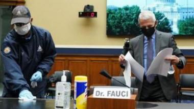 """فاوتشي يحذر من زيادة """"مقلقة"""" في الإصابات بالولايات المتحدة"""