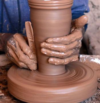 الفخار القديم يعود الى المطابخ