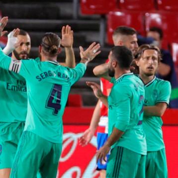 ريال مدريد يتأهب لحسم لقب الليجا بإسقاط غرناطة