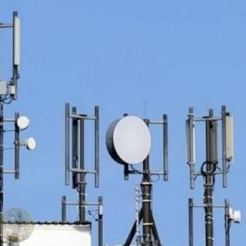 نواب: إيرادات الهاتف النقال تفوق عشرات أضعاف ما تم الاتفاق عليه في عقد التمديد