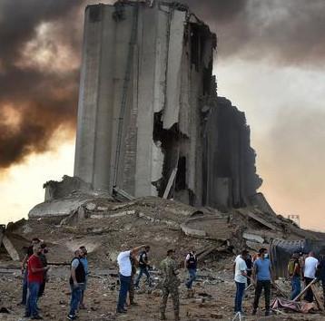 تعهد بتجهيز لبنان الجريح بالنفط طوال مدة المحنة وارسال مستشفى ميداني لبيروت
