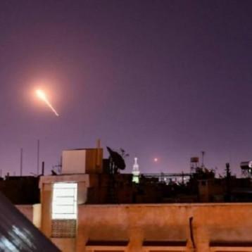 غارات إسرائيلية ليلية على مواقع عسكرية في ريف القنيطرة جنوب سوريا