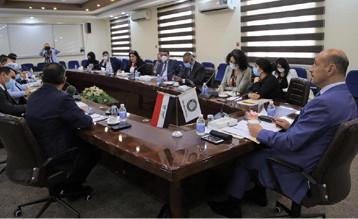 درجال يترأس إجتماعاً تشاورياً لاستعراض جهود التنمية الشبابية