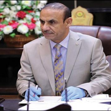 وزيرا العمل والصناعة يؤكدان ضرورة إجراء فحوص دورية للعاملين بمؤسسات الدولة