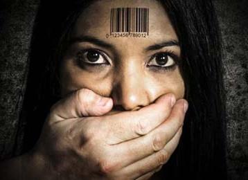 نادية مراد تحارب ضد العنف الجنسي والاتجار بالبشر